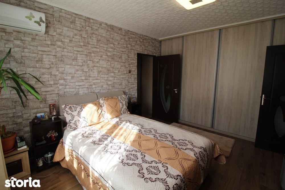 Vând apartament 2 camere în Deva, ultracentral, etaj 1