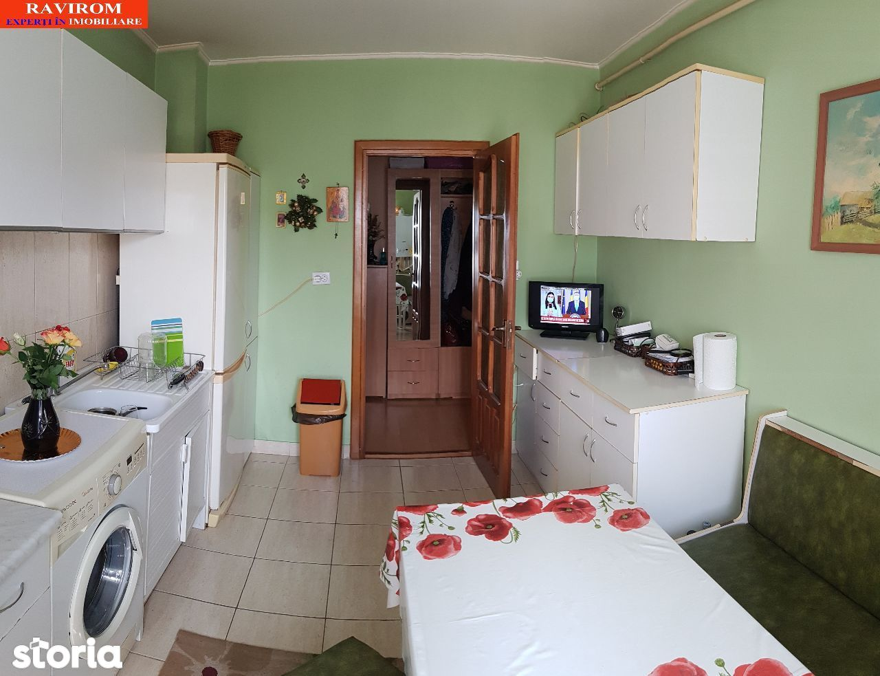 Apartament doua camere, semidecomandat, 52mp utili etaj 3 Bistrita Lac