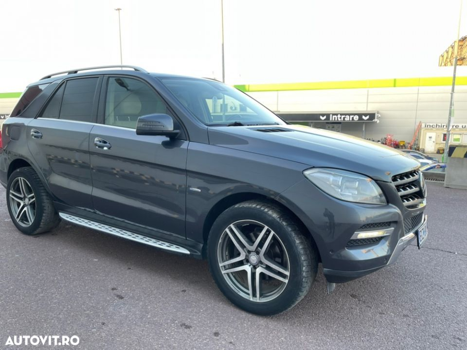 Mercedes-Benz ML 350 - 9