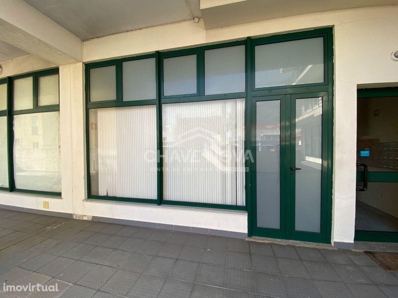 Loja em Machico - Edifício Vila Ladeira