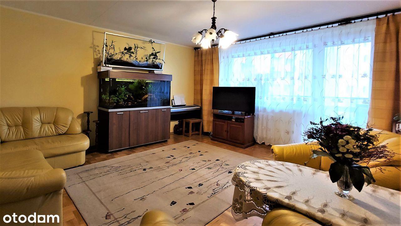 I piętro / 3 pokoje, balkon, 2 miejsca postojowe