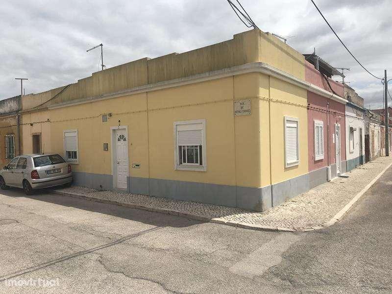 Moradia para comprar, Alhos Vedros, Setúbal - Foto 1