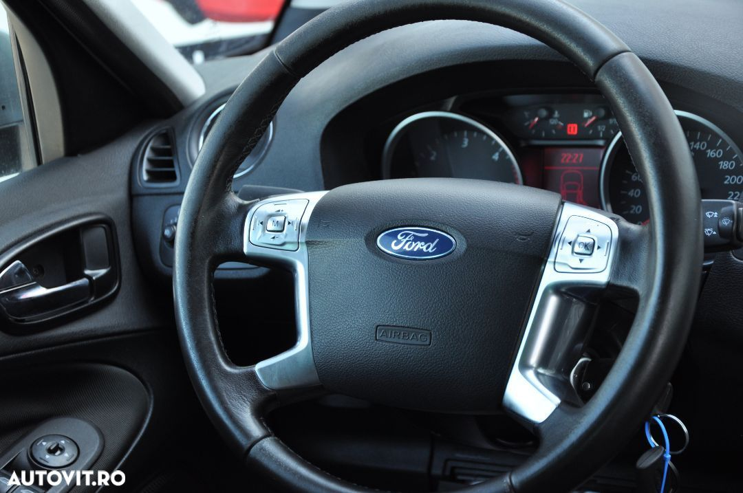 Ford S-Max 1.8 - 9