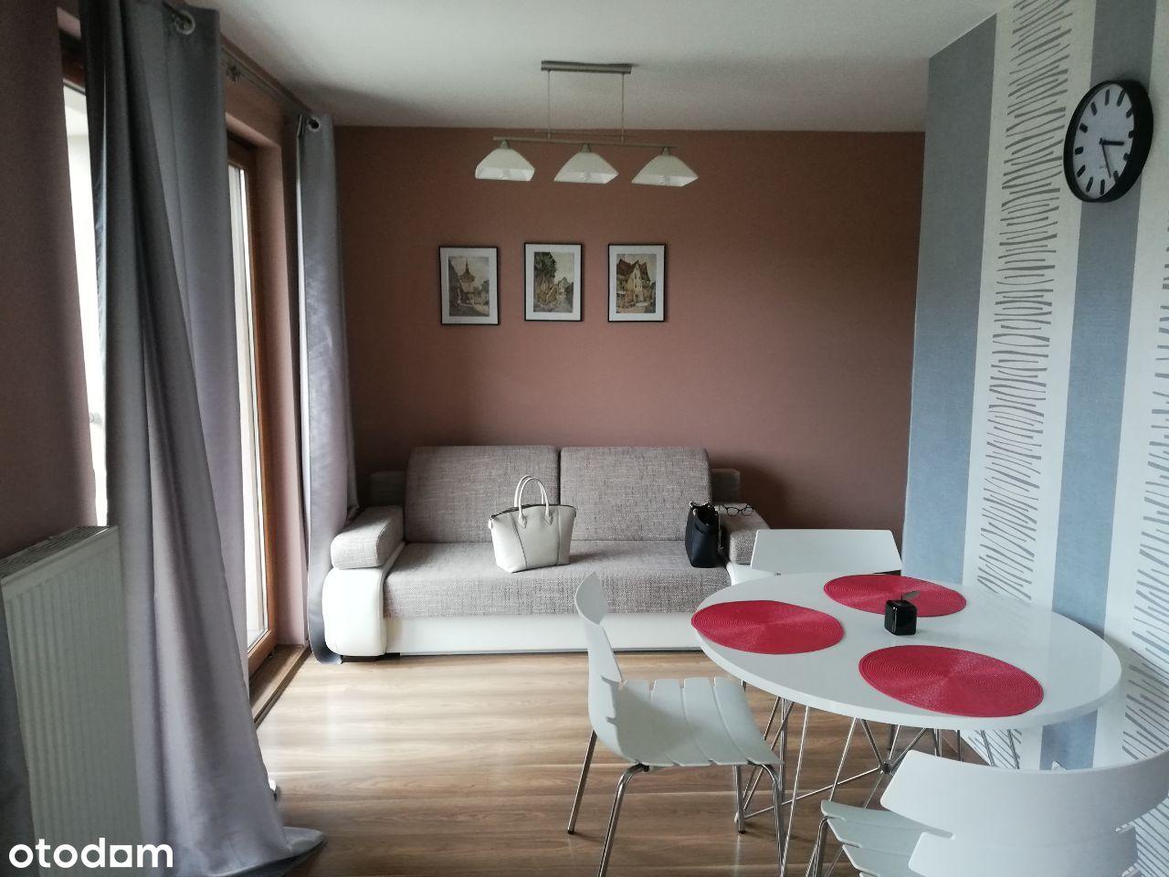 Mieszkanie 31,6m2 + 7m2 Tarasu, Miejsca Parkingowe