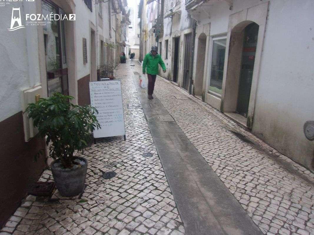 Prédio para comprar, Coimbra (Sé Nova, Santa Cruz, Almedina e São Bartolomeu), Coimbra - Foto 15