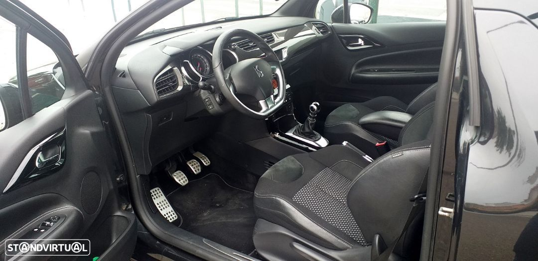 Citroën DS3 1.6 HDi Airdream Sport Chic - 7