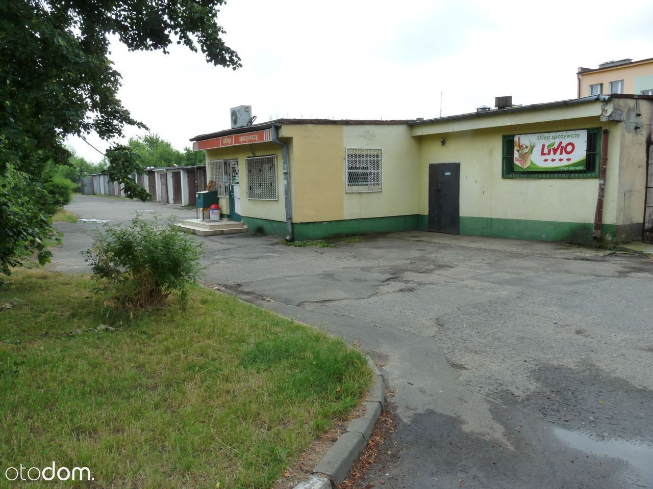 Budynek usługowy w Koninie