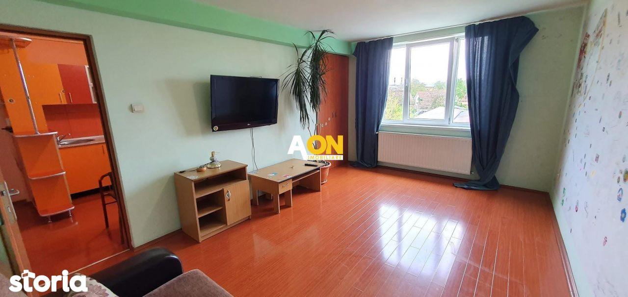 Apartament 2 camere, 62 mp utili + boxa 10 mp, zona Stadion