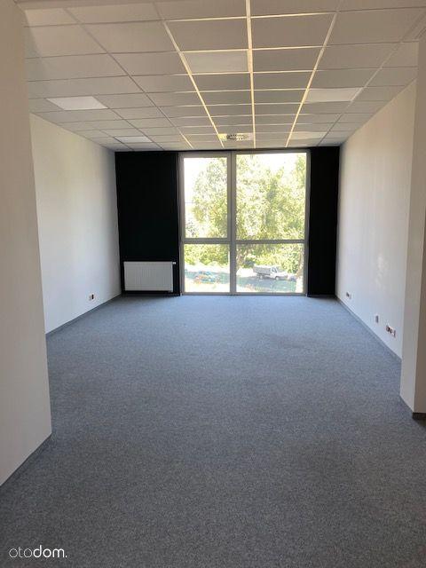 35 metrowe biura na ulicy Nieszawskiej