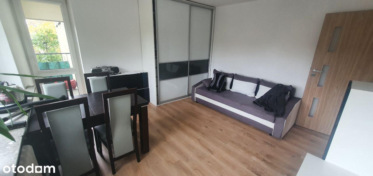 Ładne 2 pokojowe mieszkanie z oddzielną kuchnią