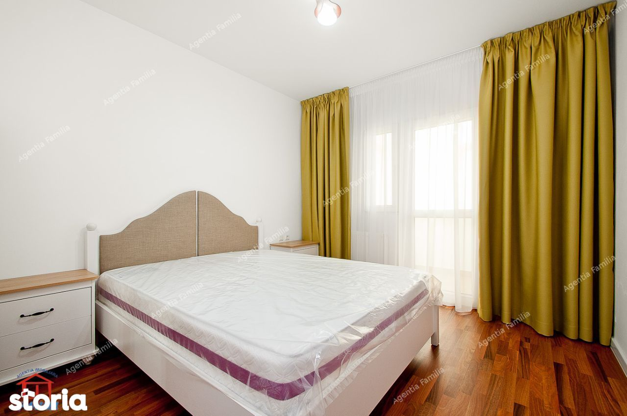 Inchiriez apartament decomandat cu 3 camere, bloc Roka, zona General.