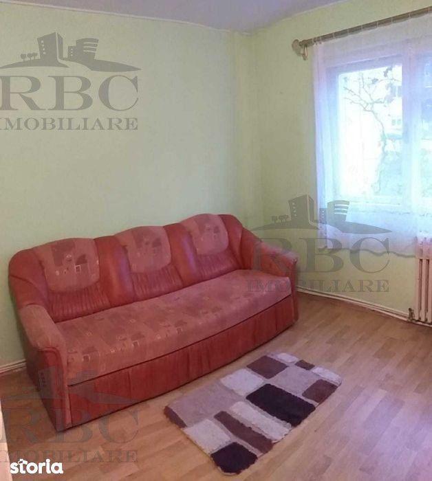 Apartament cu 3 camere semidecomandat in Manastur