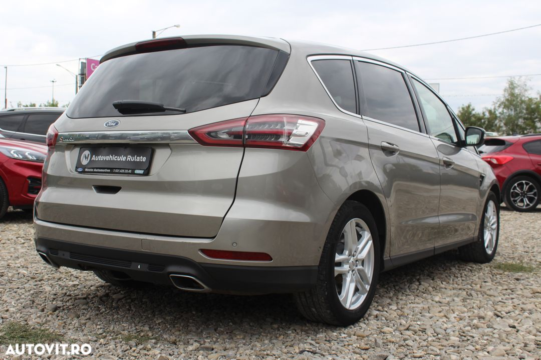 Ford S-Max - 7