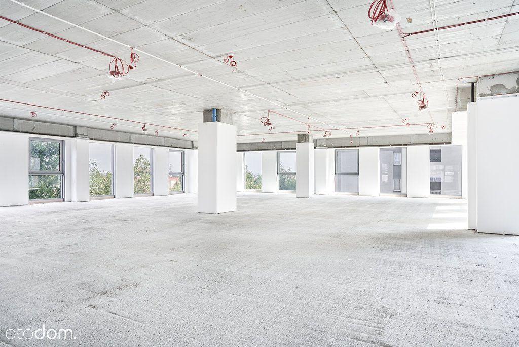 Nowe biuro w atrakcyjnej lokalizacji
