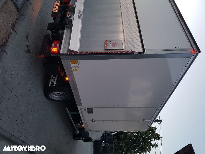 Iveco daily  cu lift - 10
