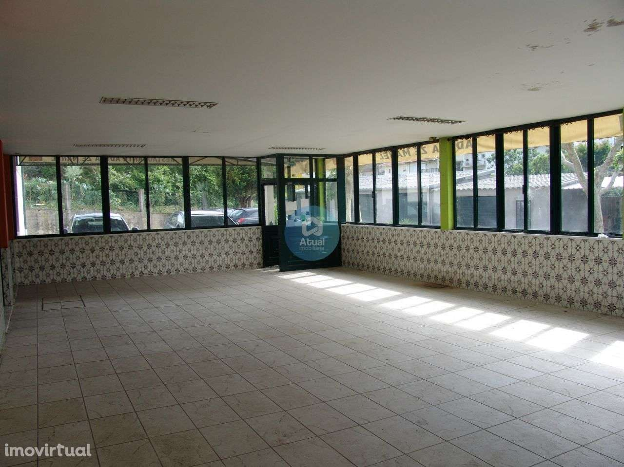 Loja para arrendar, Infias, Vizela, Braga - Foto 1