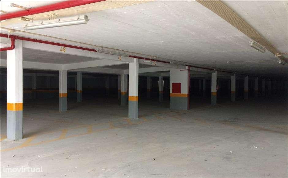 Garagem para comprar, Sintra (Santa Maria e São Miguel, São Martinho e São Pedro de Penaferrim), Lisboa - Foto 3