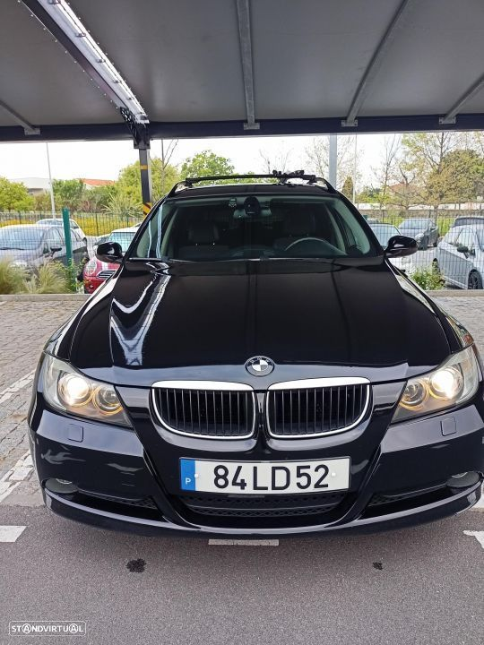 BMW 320 d Touring Exclusive - 1