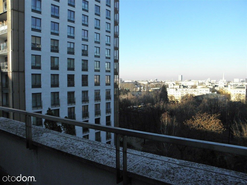 Apartament z pięknym widokiem przy pl. Grzybowskim