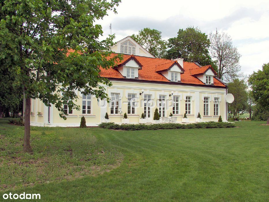 Dom, 450 m², Węgrów