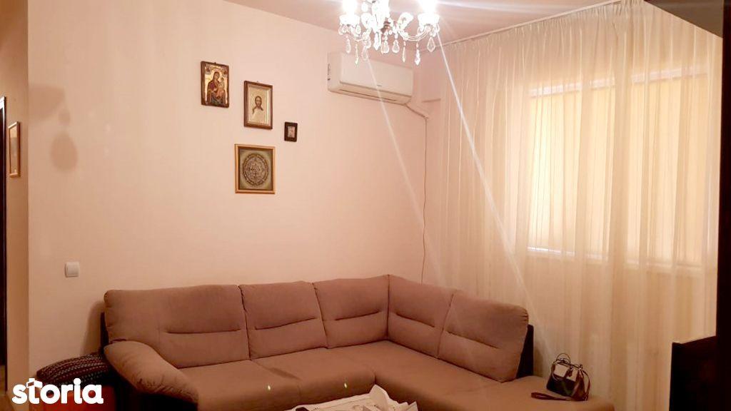 Apartament cu 2 camere de vanzae in zona 9 Mai - Registrul Comertului