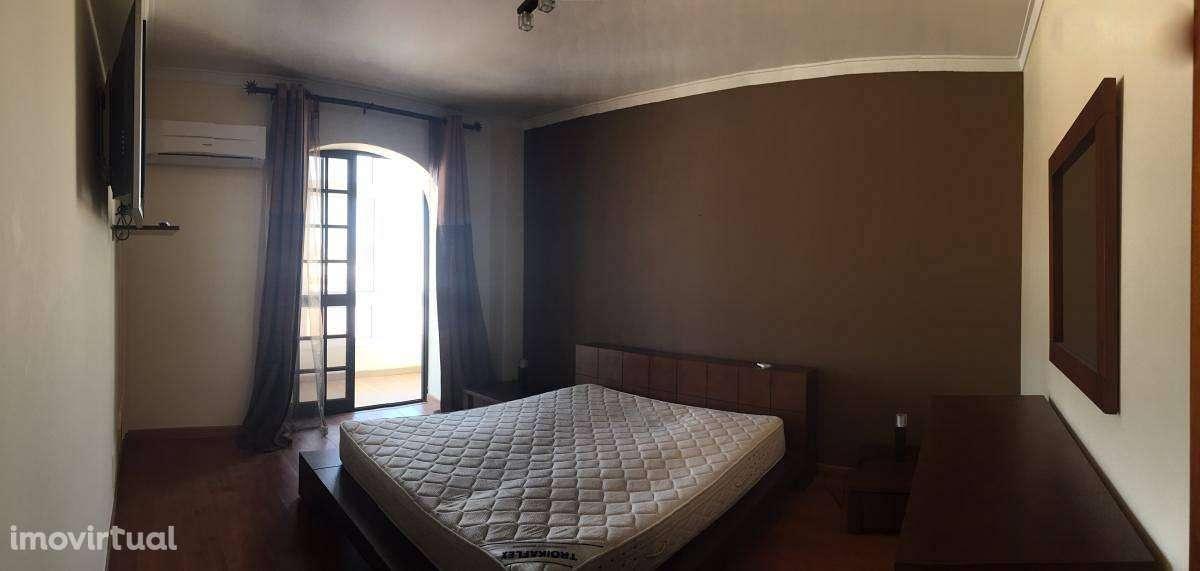Apartamento para arrendar, Santa Iria de Azoia, São João da Talha e Bobadela, Lisboa - Foto 4