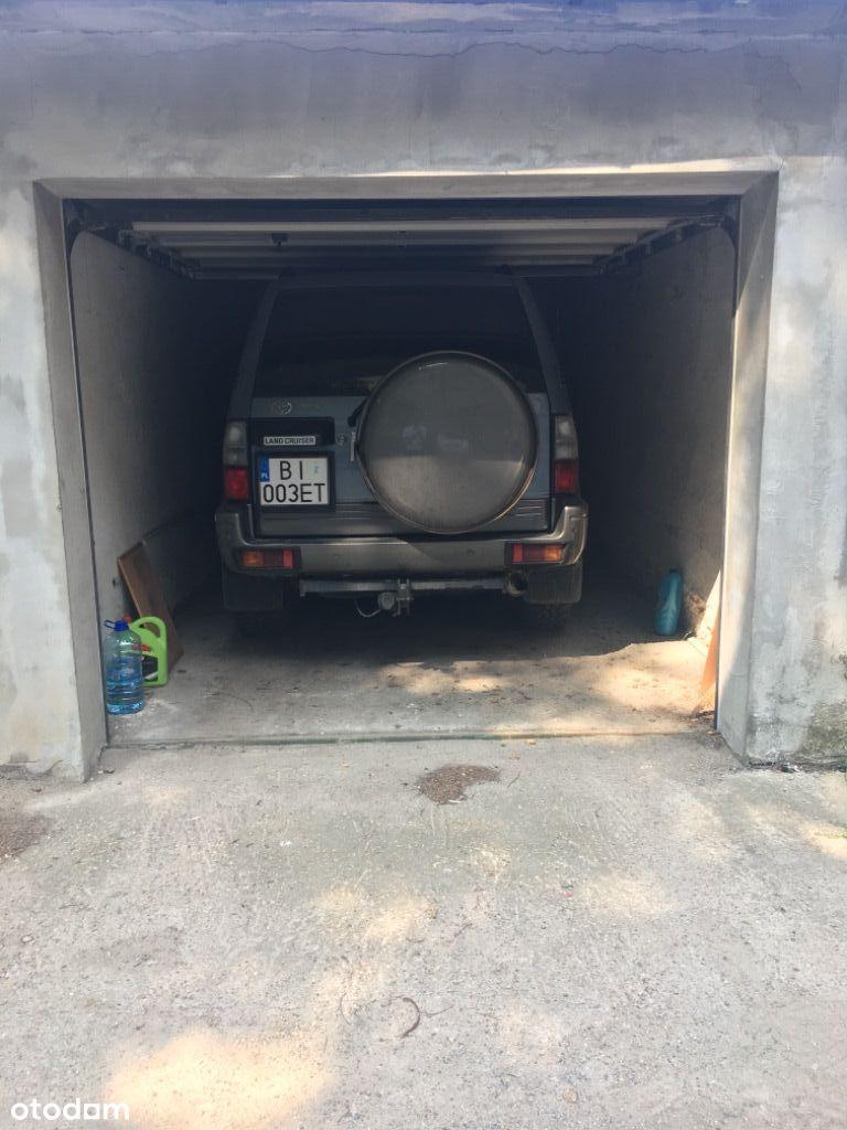 Garaz murowany Hallera / Powstańców Śląskich