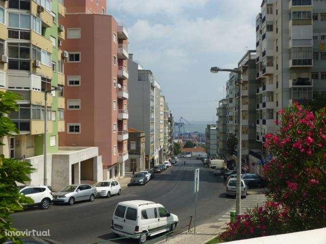 Terreno para comprar, Penha de França, Lisboa - Foto 1