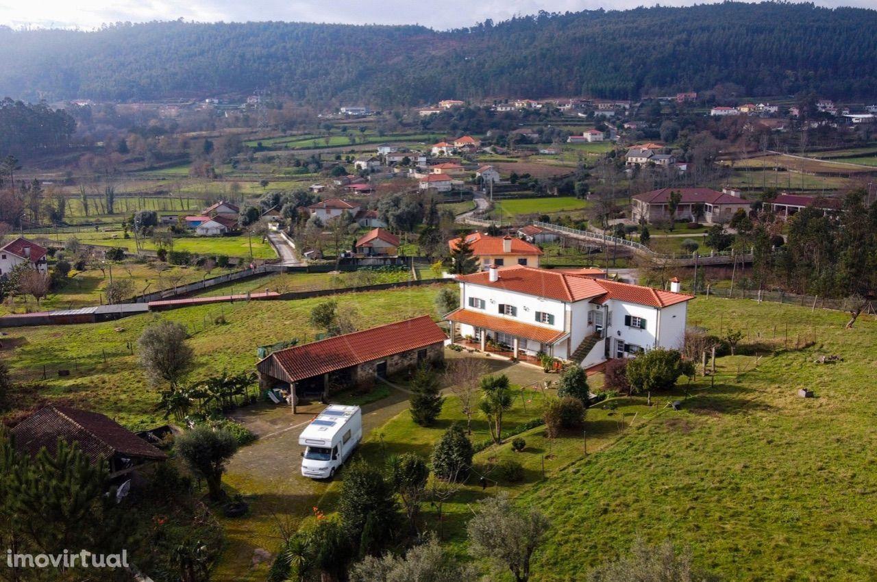 Moradia Individual c/8.750 m2 em Escariz S. Mamede, Vila Verde!