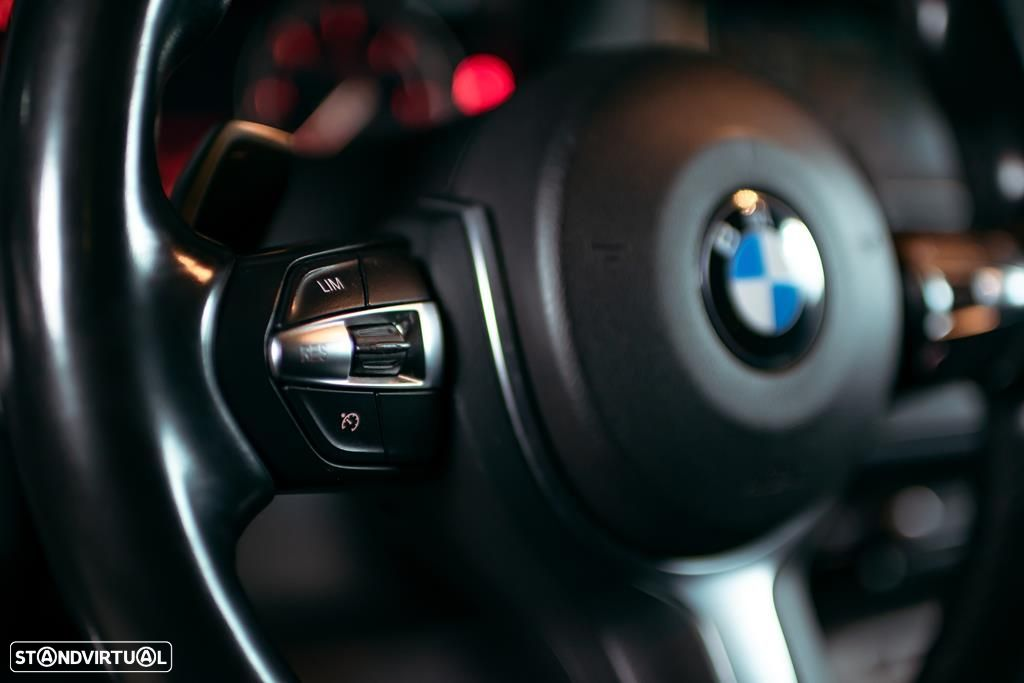 BMW 535 d Touring XDrive Pack M Auto - 19