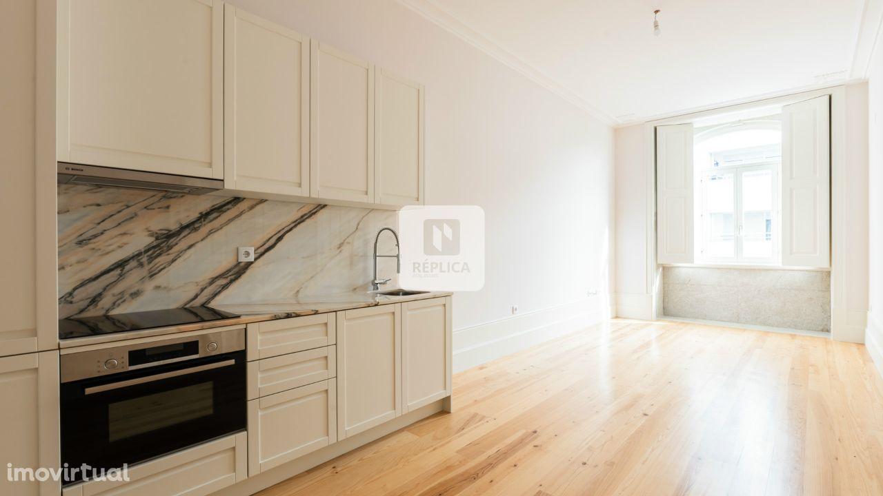 Apartamento T1+1 Novo - Baixa do Porto