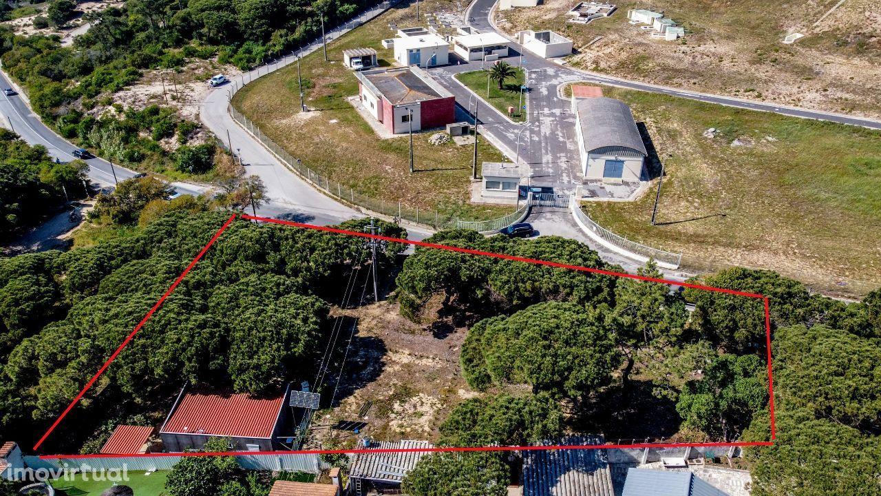 Terreno Urbano com Casa Amovivel, Fonte da Telha