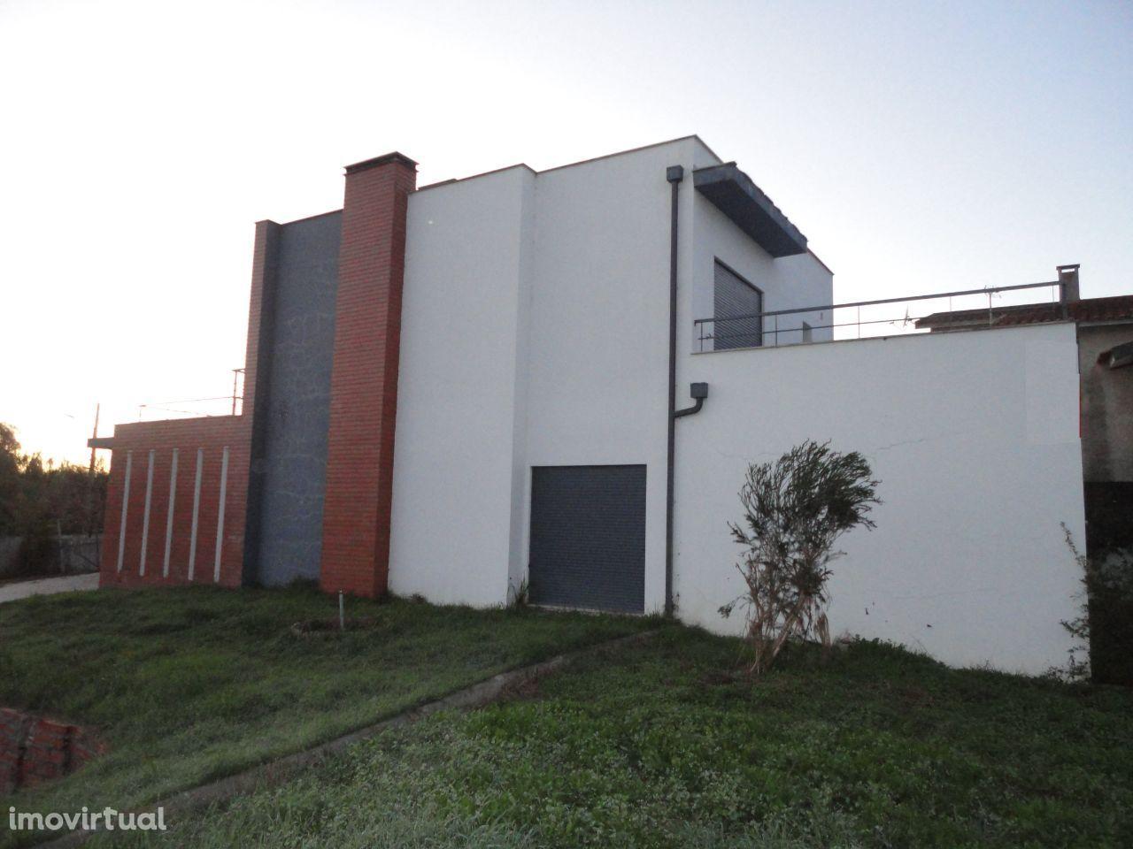 M3+1 Arquitectura Moderna – 15min de Coimbra (NOVO PREÇO)