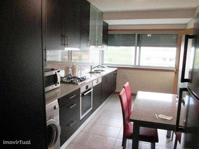 Apartamento para arrendar, Nogueira, Fraião e Lamaçães, Braga - Foto 2