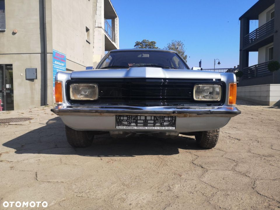 Ford Taunus 1600L coupe - 13