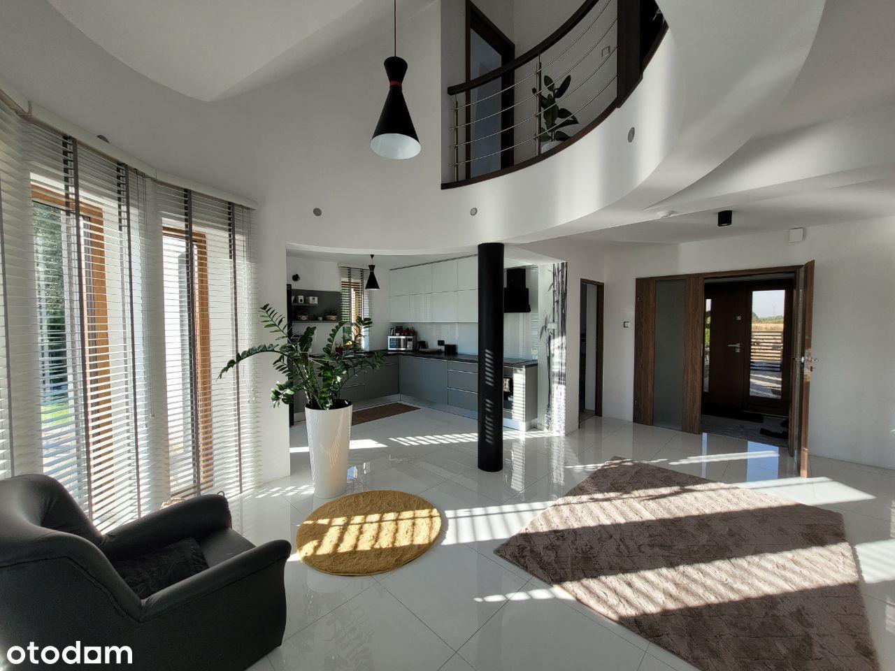 Dom, 175 m², Bełchatów