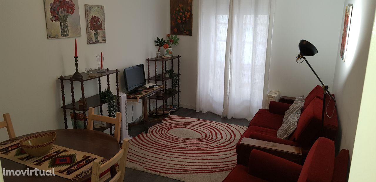 Apartamento T1 Av. de Moscavide