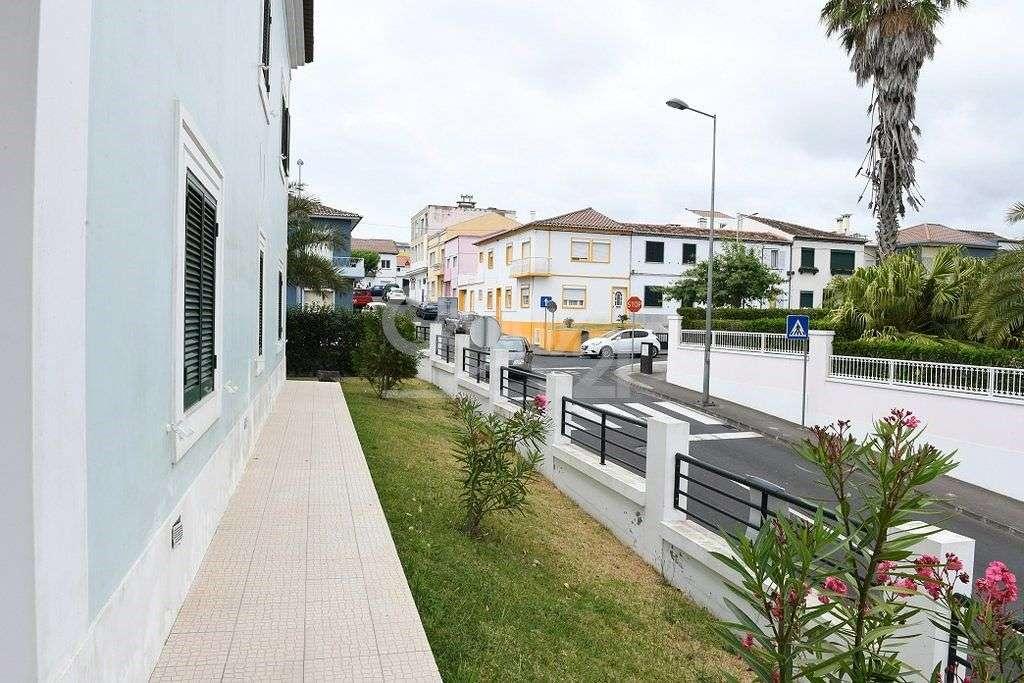Moradia para comprar, Ponta Delgada (São Sebastião), Ponta Delgada, Ilha de São Miguel - Foto 27