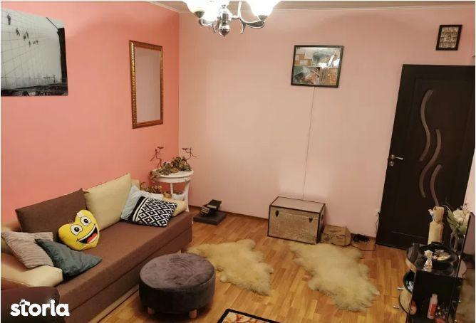 Apartament 3 camere,zona Tatarasi