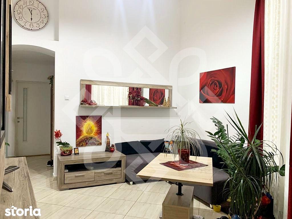 Apartament la casa de vanzare, curte comuna, Republicii, Oradea