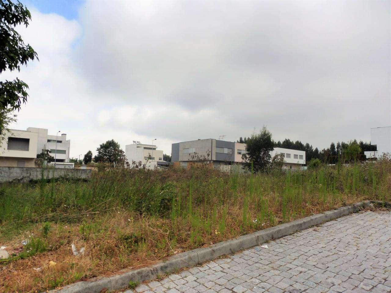 Terreno para comprar, Castêlo da Maia, Maia, Porto - Foto 1