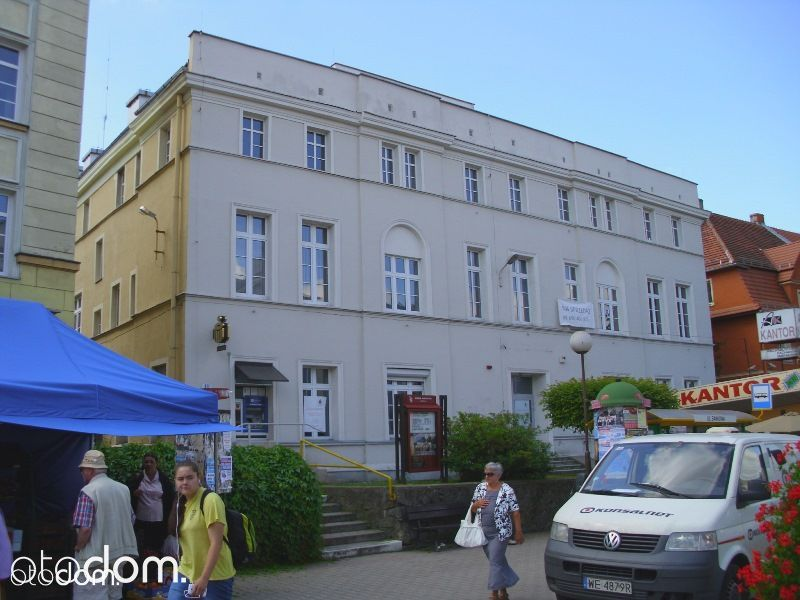 Jelenia Góra, ul. Bankowa 19