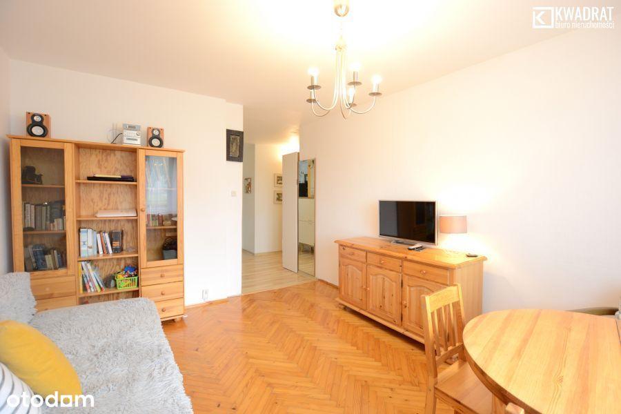Mieszkanie na parterze - 2 pokoje