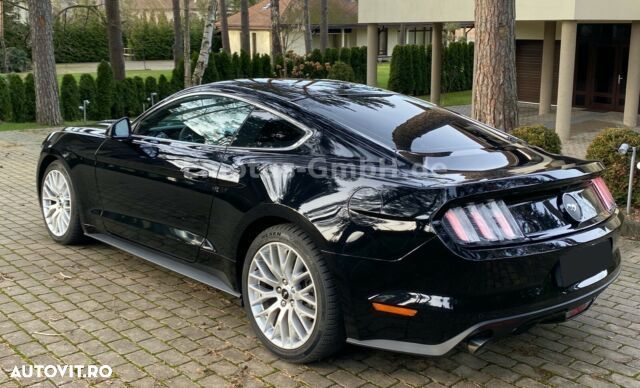 Ford Mustang - 9