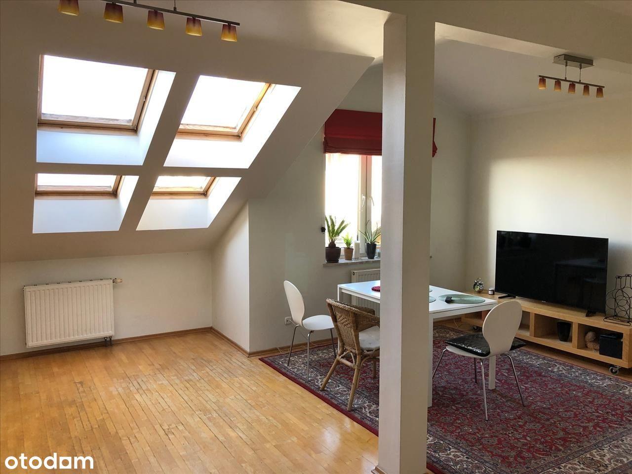 Włochy 3 pokoje 66 m2, w podłodze 74 m2