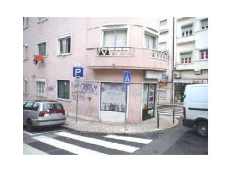 Loja para comprar, Areeiro, Lisboa - Foto 1