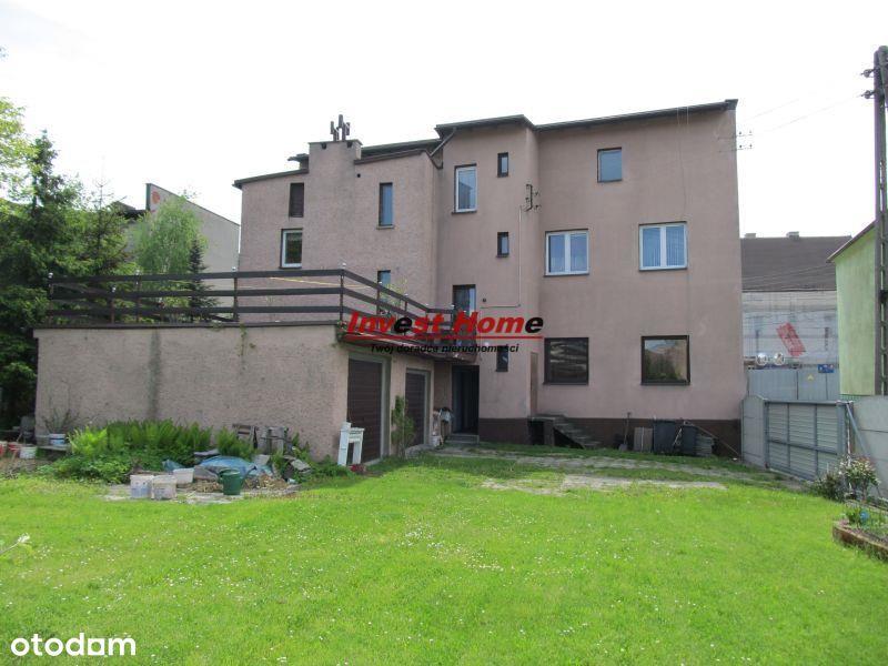 Duży dom z możliwością prowadzenia działalności.