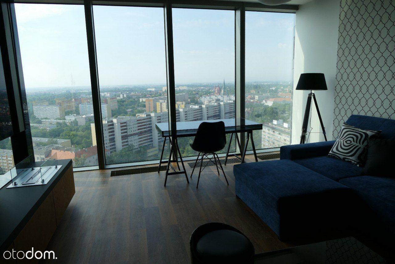 Apartament w SKY TOWER z miejscem parkingowym