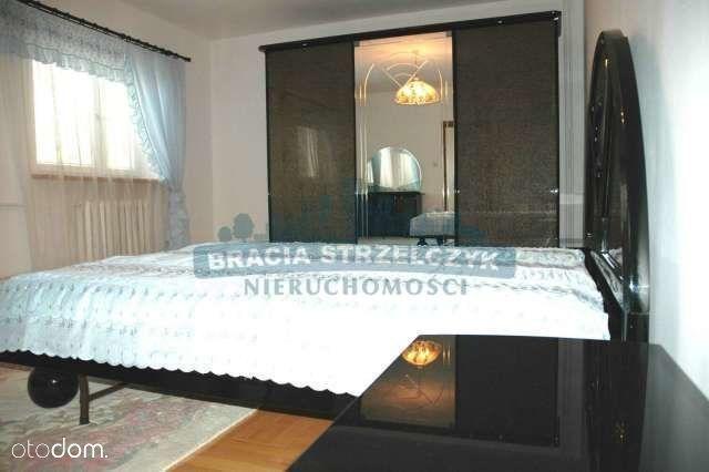 Dom, 780 m², Warszawa