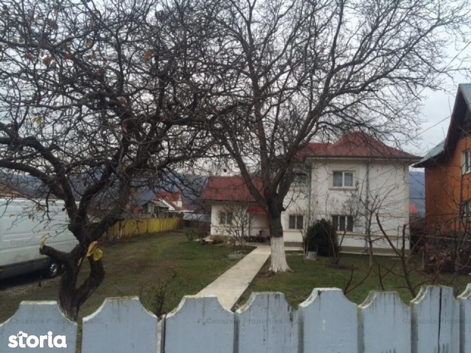 Casa de vanzare 4 camere si teren 300 mp in Piatra Neamt